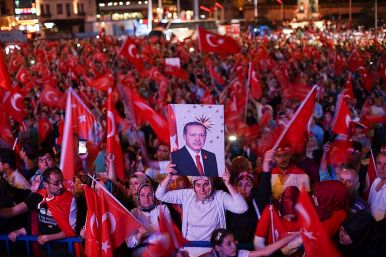 Erdogan_supporters_Istanbul