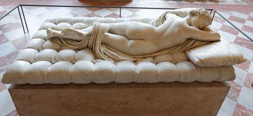 Louvre_-_Sleeping_Hermaphroditus_01