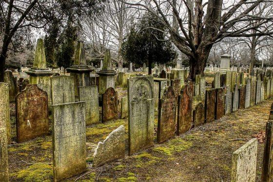 cemetery-2650712_1280 (1)