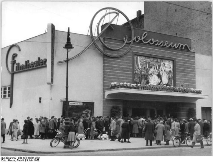 """Berlin, Schönberger Allee, Kino """"Colosseum"""""""